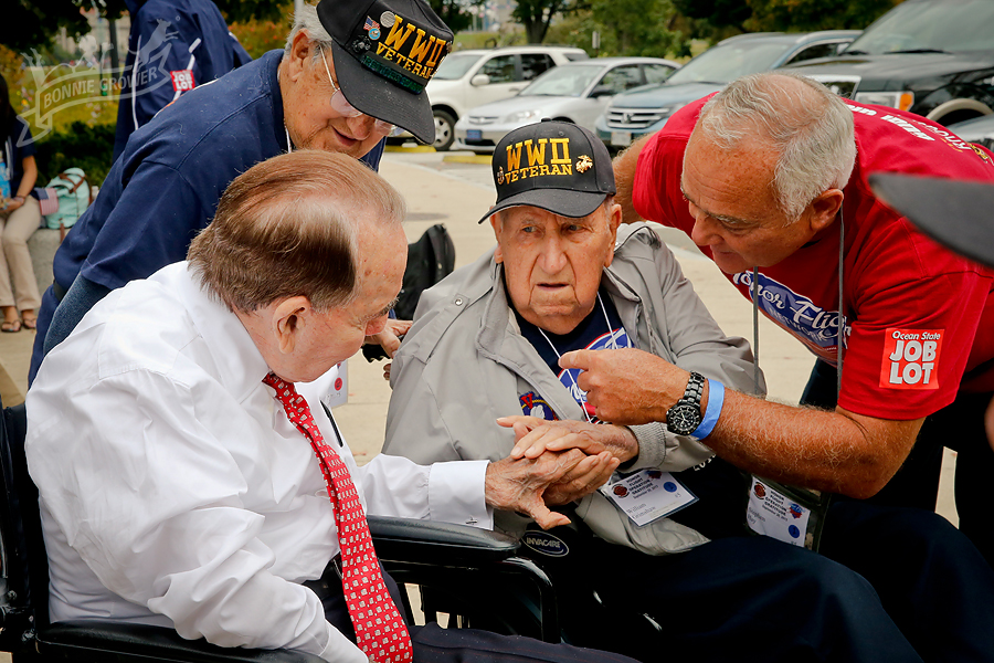 Bob Dole meeting one of the oldest living vets